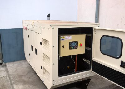 generator 25 kVA - fabrica mase plastice Oradea